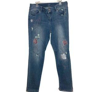 New York & Company Soho Boyfriend Rose Bush Jeans